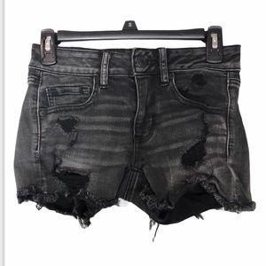 AMERICAN EAGLE Black Distressed Midi Short